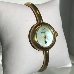 Fossil gold bangle pearl face watch with clasp